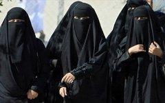 Женщины Саудовской Аравии. Фото с сайта saidaonline.com