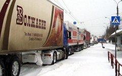 Грузовики на трассе «Россия». Фото с сайта novo.tomsk.ru