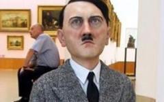 Статуя Гитлера в Варшаве. Фото с сайта artsblog.it