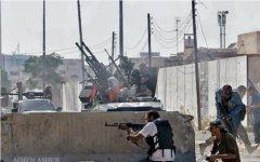 Бой в Триполи. Фото пользователя «Твиттер» (@LibyaFromFrance)