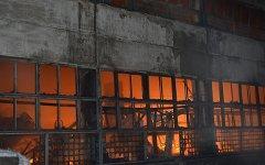 Пожар на складе в Перми. Фото с сайта saltt.ru