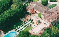 Беверли-хаус. Фото с сайта luxist.com