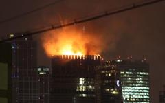 Пожар в «Москва-Сити». Фото пользователя Twitter @ElenaRatushnaya
