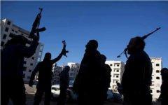 Сирийские мятежники. Фото пользователя «Твиттер» @AlaaZaghloul