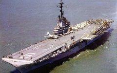 Штурмовой корабль USS Essex. Фото с сайта astronaut.ru