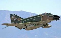 Истребитель F-4. Фото с сайта testpilots.ru