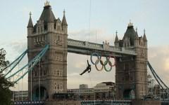 Спуск олимпийского огня. Фото с сайта london2012.com