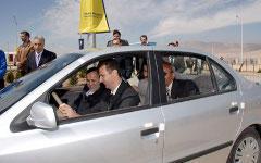 Башар Асад за рулем. Фото с сайта thememriblog.org