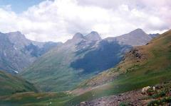 Кавказ. Фото с сайта megabook.ru