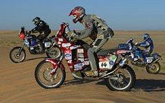 Мотоциклисты на мотоциклах KTM. Фото с сайта wikipedia.org
