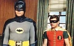 Адам Уэст и Берт Уорд в роли Бэтмена и Робина. Фото с сайта leffatykki.com