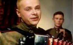 Кадр и х/ф «Солдат Иван Бровкин»