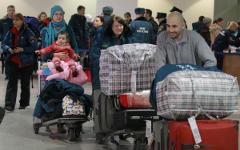 Российские граждане в аэропорту © РИА Новости, Виталий Белоусов