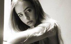 Лили Коллинз. Фото с сайта kinopoisk.ru