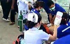Помощь пострадавшим. Стоп-кадр с видео на YouTube