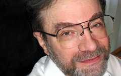 Александр Варшавский. Фото с сайта bbe.caltech.edu