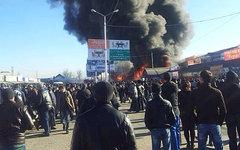 Пожар на рынке «Беркат». Фото пользователя Instagram @ishadalov