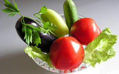 Какие овощные маски подойдут при шелушении кожи?