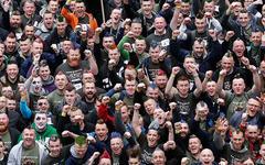 Участники флеш-моба. Фото с сайта guinnessworldrecords.com