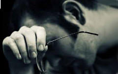 Фото с сайта lyricstranslate.com