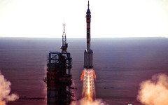 Запуск «Шэньчжоу-10». Стоп-кадр с видео Vimeo