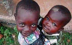 Кенийские дети. Фото с сайта freepik.com