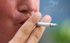 Курильщик © KM.RU, Илья Шабардин
