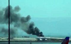 Авария Boeing 777. Стоп-кадр с видео в YouTube