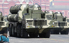 Пусковые установки С-300. Фото с сайта wikipedia.org