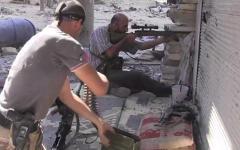 Сирийские мятежники. Стоп-кадр с видео в YouTube