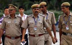Индийские полицейские. Фото с сайта internationalnewsandviews.com
