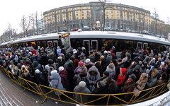 Очередь в храм в Санкт-Петербурге © РИА Новости, Алексей Даничев