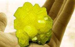 Желтый фосфор. Коллаж © KM.RU