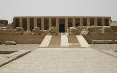 Храм Сети. Фото Steve F-E-Cameron с сайта wikimedia.org