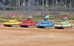 «Танковый биатлон». Фото Виталия Кузьмина с сайта vitalykuzmin.net