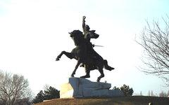 Памятник Александру Суворову в Тирасполе. Фото с сайта vspmr.org