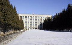 ИЯФ зимой. Фото с сайта wikimedia.org