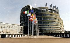 Главное здание Европарламента в Брюсселе. Фото с сайта europarl.europa.eu