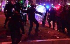 Столкновения в Мадриде. Стоп-кадр с видео в YouTube