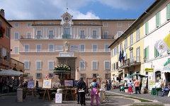 Папская резиденция. Фото Berthold Werner с сайта wikimedia.org