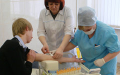 Добровольное обследование учащихся © РИА Новости, Виталий Белоусов