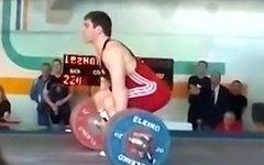 Артем Иванов. Стоп-кадр с видео в YouTube