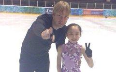 Евгений Плющенко и Мия Хонда. Фото с личной страницы спортсмена в Твиттере