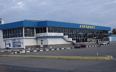 Международный аэропорт Симферополя. Фото RuED с сайта wikimedia.org