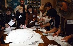 Подсчет бюллетеней в Донецке © РИА Новости, Наталья Селиверстова