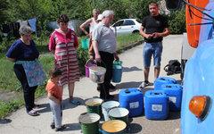 Жители Старого Крыма запасаются пресной водой © РИА Новости, Юрий Лашов