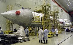 РН «Протон-М» со спутником AMC-12. Фото пользвателя Flickr alexpgp