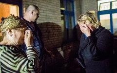 Родные пострадавших у больницы Славянска