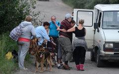Местные жители эвакуируются из Луганской области © РИА Новости, Евгений Биятов