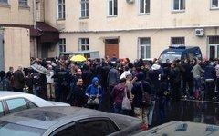 Штурм горотдела МВД в Одессе. Фото пользователя Твиттер @NiBeroeva
